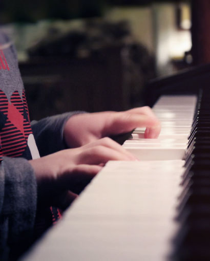 How to Help Your Kids Enjoy Piano