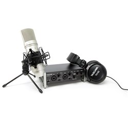 Tascam US-2X2TP Home Recording Package