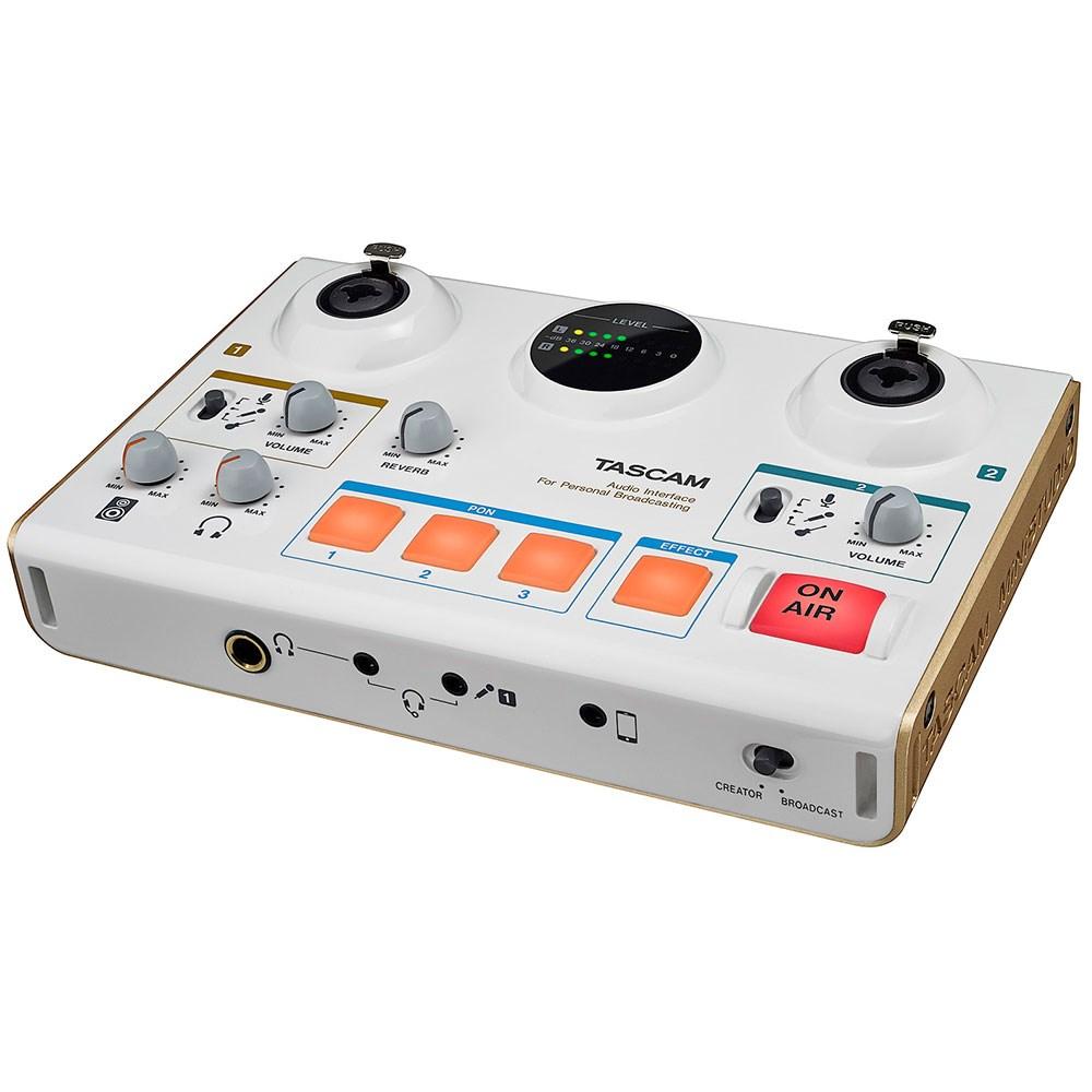 tas us42 tascam ministudio creator us 42 podcasting audio interface mannys. Black Bedroom Furniture Sets. Home Design Ideas